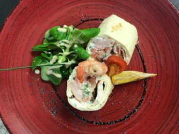 restaurant Latitude Ouest -entree-wraps-saumon-fume-crevettes-fromage-frais